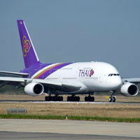 Airbus vs Boeing, the new THAI Airways Airbus A380 arrived end 2012