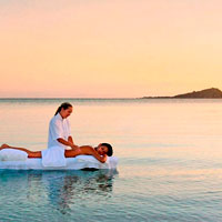 Australian spa resorts, Hayman Island seaside massage