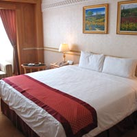 Brunei business hotels review, Rizqun room