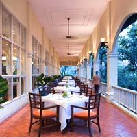 Angkor nightlife and dining, Sofitel Pokeethra's colonial splendour