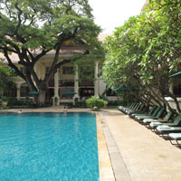 Phnom Penh business hotels, Raffles Le Royal poolside