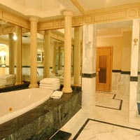 Tashkent hotels, InterContinental, giant bathrooms