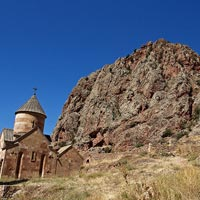 Armenia travel guide,  Noravank monastery