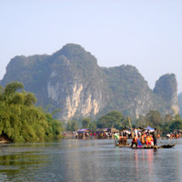 Yangshuo river cruises and rafting