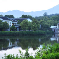 Fuchun Resort offers a countryside escape