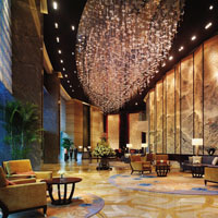 Qingdao business hotels review, Shangri-La's grand lobby