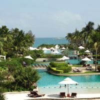 Sanya resorts review, Hilton pool