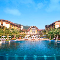 Sanya luxury resorts review, St Regis pool
