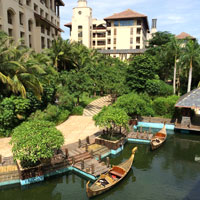 Sanya fun guide for families, Wanda Vista Haitang Bay canals with gondolas