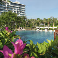 Haitang Bay family friendly hotels, Westin pool