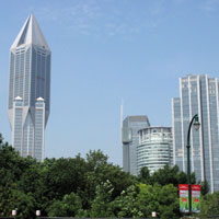 Shanghai business hotels, JW Marriott's striking crystal exterior