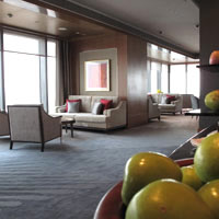 Jing An Shangri-La offers a spacious Club Lounge