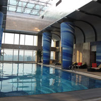 Grand Kempinski Pudong serves up a high floor pool with a view