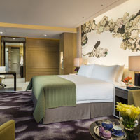 Four Seasons Shenzhen serves up fine rooms and meetings in Futian