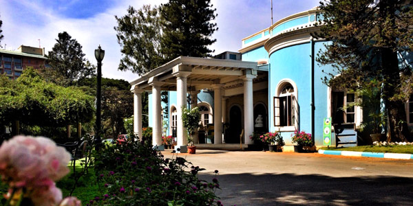 Bangalore fun guide - The venerable Bangalore CLub in sky blue