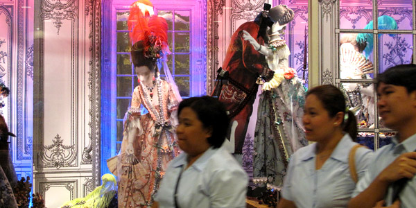 Manila shopping is fun and the displays are quite amazing - Greenbelt