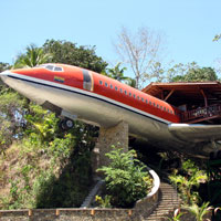 Bizarre hotels, Costa Verde hotel is in a B737 fuselage