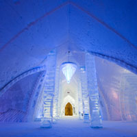 Amazing adventures, Hotel de Glaze in Quebec, Canada is made of ice