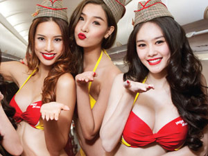 VietJet crew and models pose for annual calendar