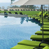 Sanya child friendly hotels, Doubletree at Haitang Bay pool