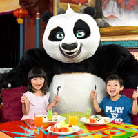 Macau family friendly resorts, breakfasts with Kung Fu Panda