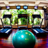 Le Meridien Khao Lak is great for families - bowling alley