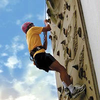 Singapore kid friendly hotels, Shangri-La Sentosa, rock climbing wall