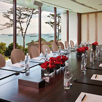 Small corporate meetings in Singapore, Capella Sentosa boardroom