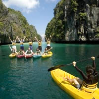 Small corporate meetings in Asia. offbeat idea, El Nido kayaks and team building