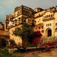 Small meetings in Asia, Neemrana Fort-Palace in Rajasthan, India