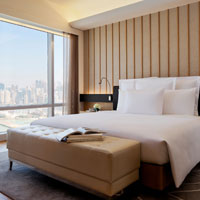 Hong Kong conference hotels, Renaissance Harbour View newlook Deluxe Suite