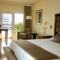 Bangalore business hotels review, Taj MG Road, bright rooms
