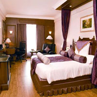 Chennai business hotels, Radisson room