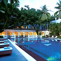 Chennai heritage hotels, Vivanta by Taj - Connemara pool image