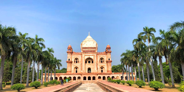 Delhi fun guide for business and leisure