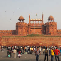 Delhi fun guide for tourists, the magnificent sandstone Red Fort