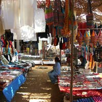 Goa guide, Anjuna Market by the beach