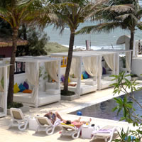 Goa hip hotels, Park Holiday Beach Resort pool