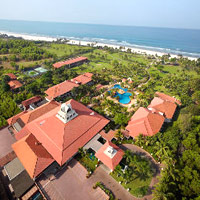 Ramada Caravela Beach Resort serves up 24 acres of stretch space