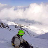 India skiing: snowboarding in Gulmarg