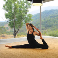 Hilton Shilim yoga and stretches, Pune area