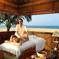 India spa resorts guide, Leela Goa beachside massage