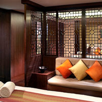 India spas guide, The Ritz-Carlton Bangalore treatment room