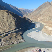 Ladakh guide to sights and drives - the confluence of the Indus and Zanskar Rivers