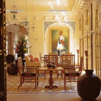 Rajasthan palace hotels, Oberoi Rajvilas, regal interiors