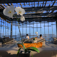 Best Bali romantic hotels, Alila Uluwatu's 'birdcage' for sunsets and cliff-edge views