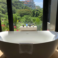 Bali luxury resorts review, Apurva Kempinski soaking tub by window