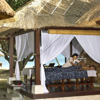 Bali spa resorts review, Jimbaran Puri beach pavilion