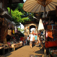 Bali shopping, art and craft is best in Ubud