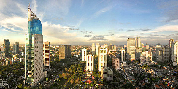 Jakarta business hotels review and shopping guide